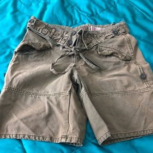 💖2 for $40💖FP cargo shorts with style